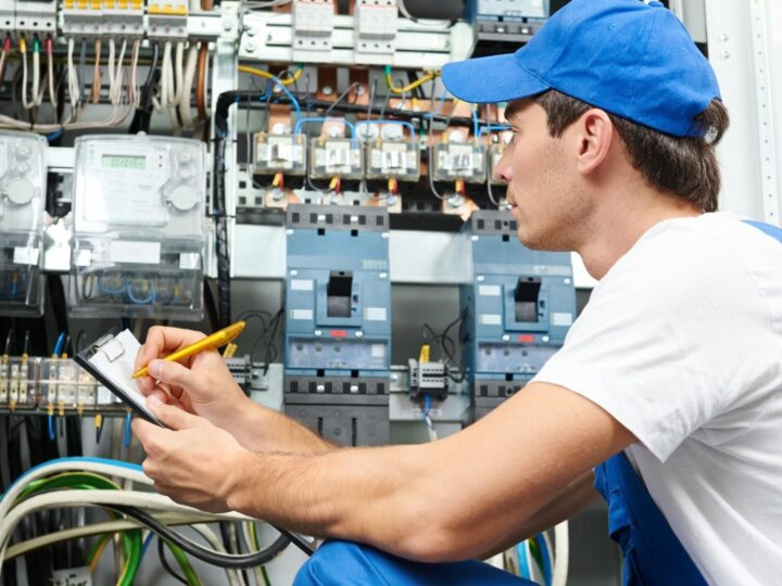 Level 2 Electricians vs Ordinary Electricians: What's the difference?