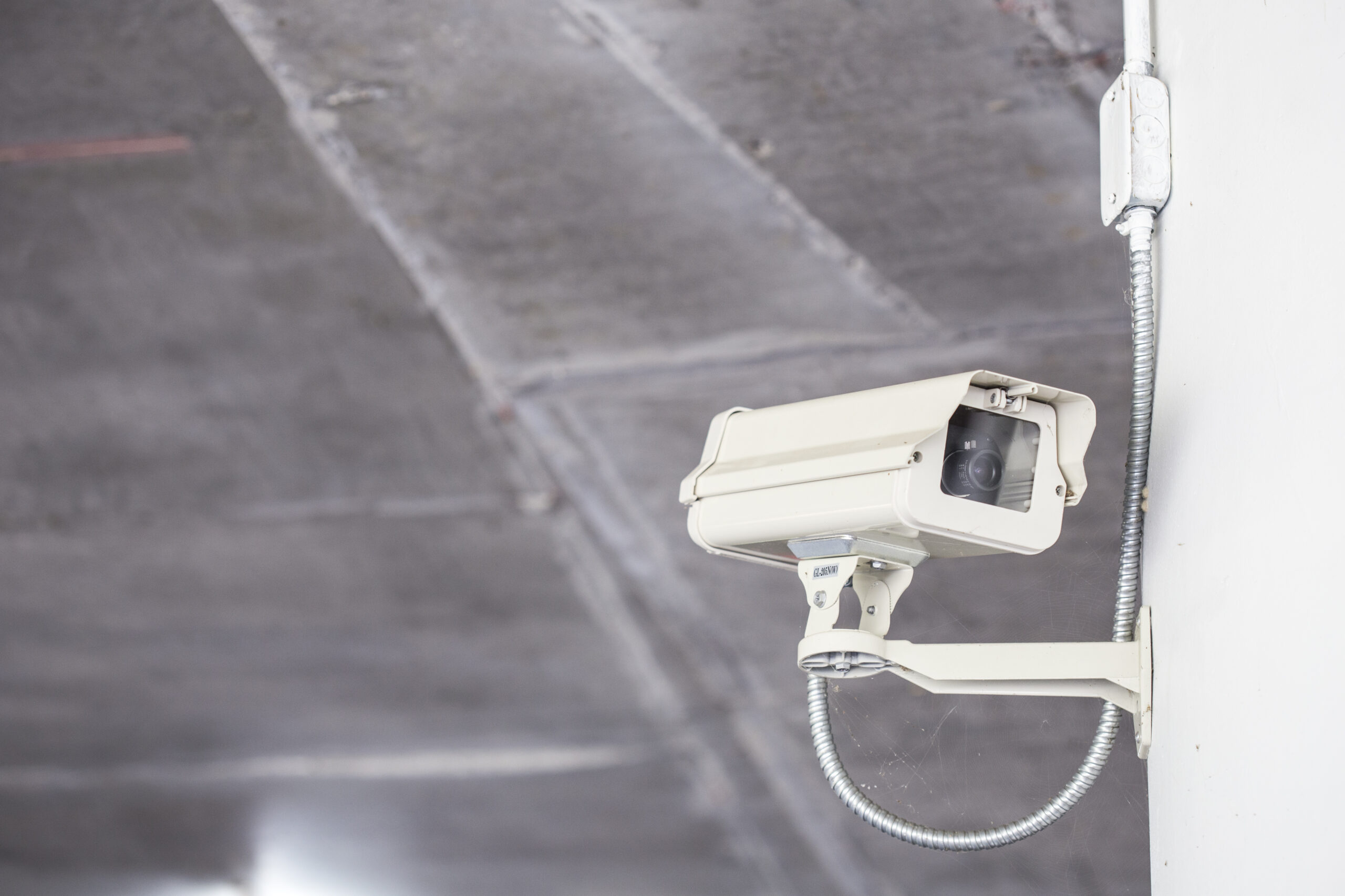 Security: Alarm or video surveillance, what to choose?