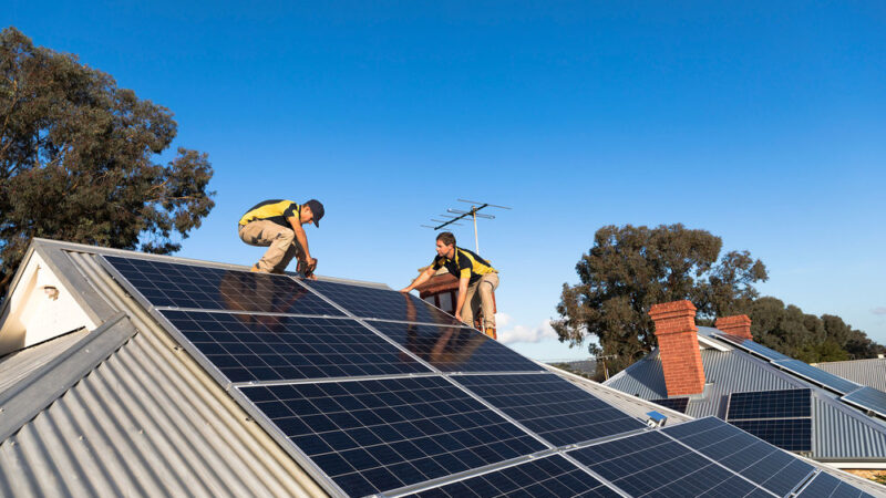 How to know if your solar panels are working correctly?